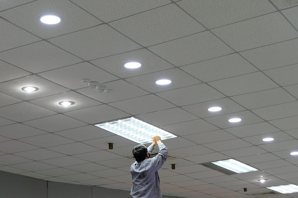 Onderhoud kantoor verlichting