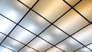 Plafondpanelen kantoor