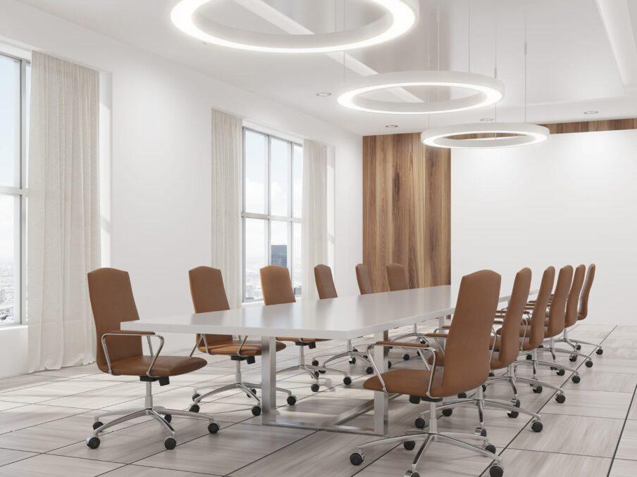 tweedehands kantoormeubelen vergaderzaal