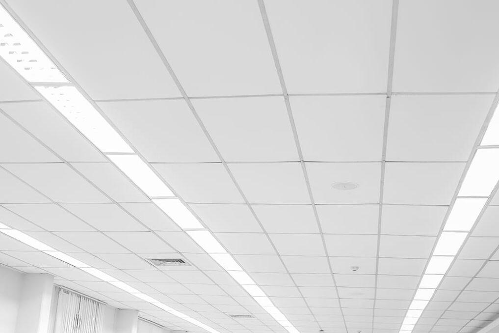 Technieken om een plafond te isoleren tegen geluid