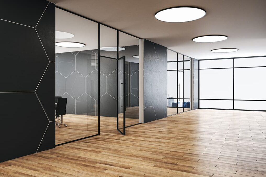 akoestisch spanplafond voordelig voor grote ruimtes